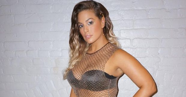 images Exactly How Ashley Graham Works Out, According To Her Trainer