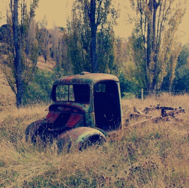 mangaweka old wreck by stephanie woodman www.stephaniewoodman.com