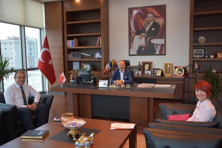 Dünya Göz Hastanesi´nden Yönetim Kurulu Başkanımız İbrahim Gönül´e Ziyaret