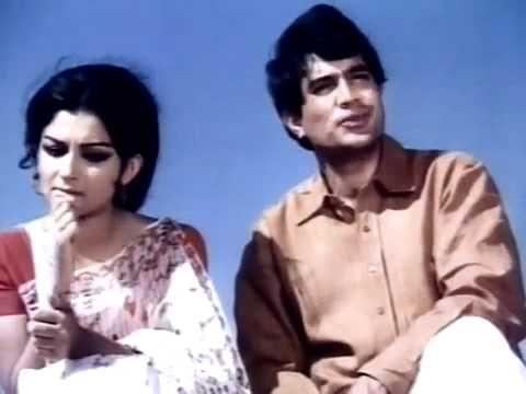 O Nadiya Chale Chale Re Dhara | Safar | Rajesh Khanna, Sharmila Tagore & Feroz Khan | Manna Dey