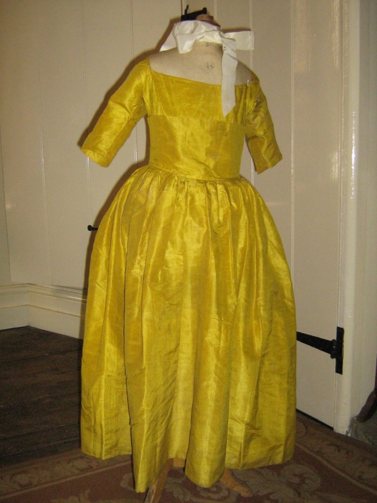 This dear little piece is open to the back, with a deeply curved front bodice in the shape of a stomacher. The skirt is heavily pleated onto the curve of the bodice waist.    The elbow length sleeves are seamed as if to be turn back, but I suspect they were once overlaid with lace.: Pretty Dresses, Little Girls, Gowns, 18Th Century, Girls Gown, Precious Little S, Century Precious, Little S Girls