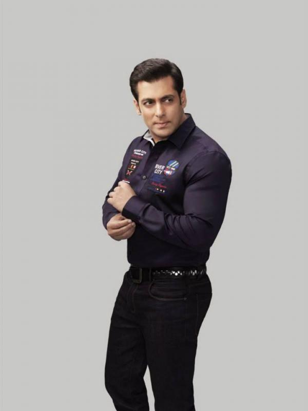 Salman Khan photoshoot for Splash - Autumn/Winter 2013 collection. #Bollywood #Fashion #Style