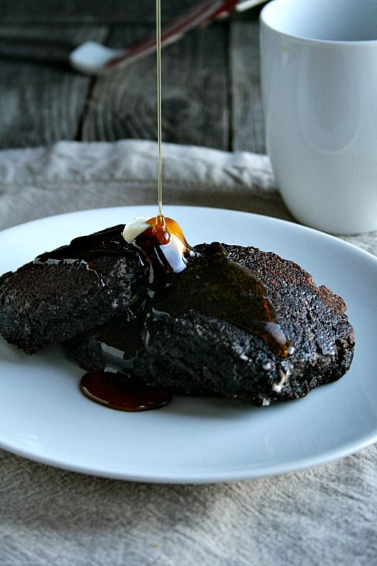 Chocolate Gingerbread Pancakes - wow! I NEED these in my mouth!! When will they invent smellovision!!!