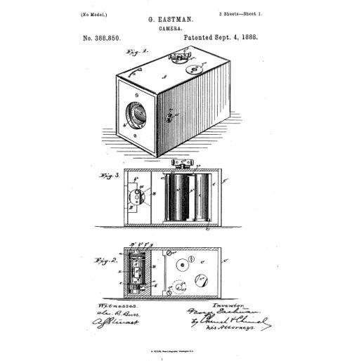 """En 1881 Eastman desarrolla el primer carrete para fotografía; tres años más tarde, patenta la cámara Brownie. El concepto es revolucionador: el usuario compra la cámara y dispara. La cámara, con la película, es entregada en la tienda de Kodak, que se encarga de revelar, hacer las copias y volver a cargarla con una nueva película. """"Usted apriete el botón, nosotros hacemos el resto"""", fue el lema de la compañía. En la imagen, el dibujo que figura en la patenta de EE UU."""
