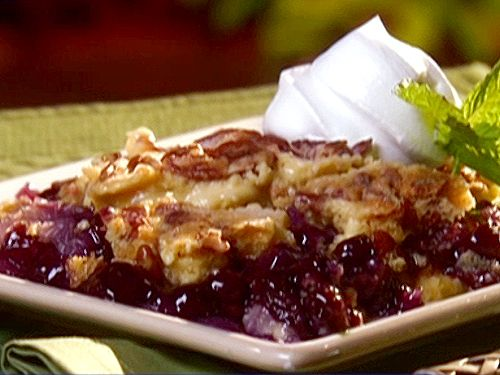 Pineapple Blueberry Crunch Cake from Paula Dean --> only 5 ingredients, just dump everything in and I just cut the butter into little squares. I brought it to a potluck & everybody liked it! You could cherry pie filling or fresh fruit too...