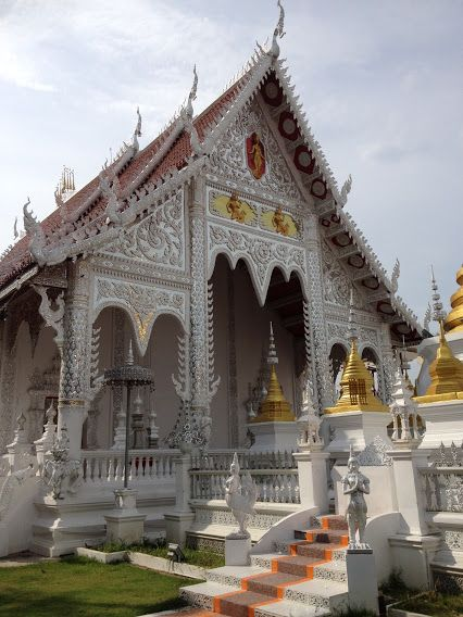 Google+ The White Temple, Lampang #Thailand