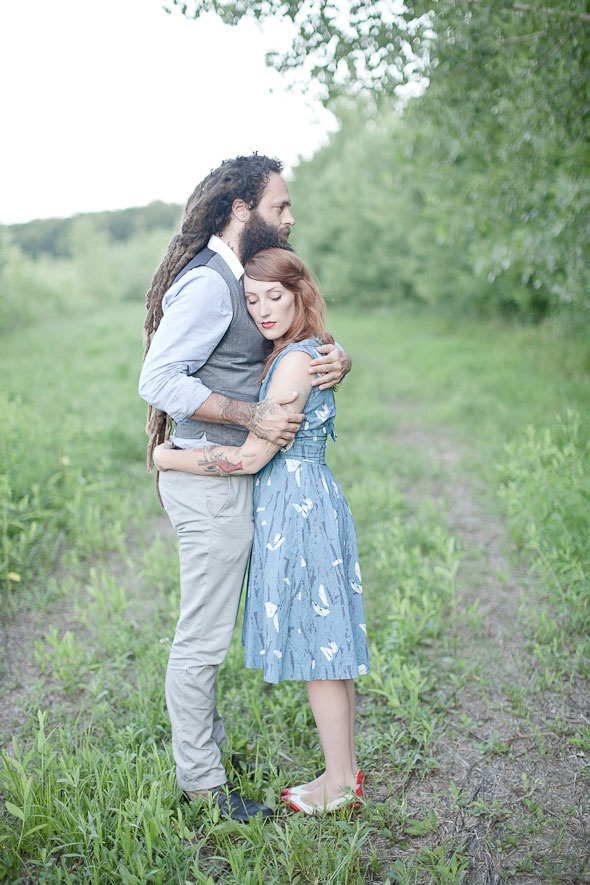 oh, I love me a man with dreads and a beard...not so much when he's holding onto some chick that isn't me :P