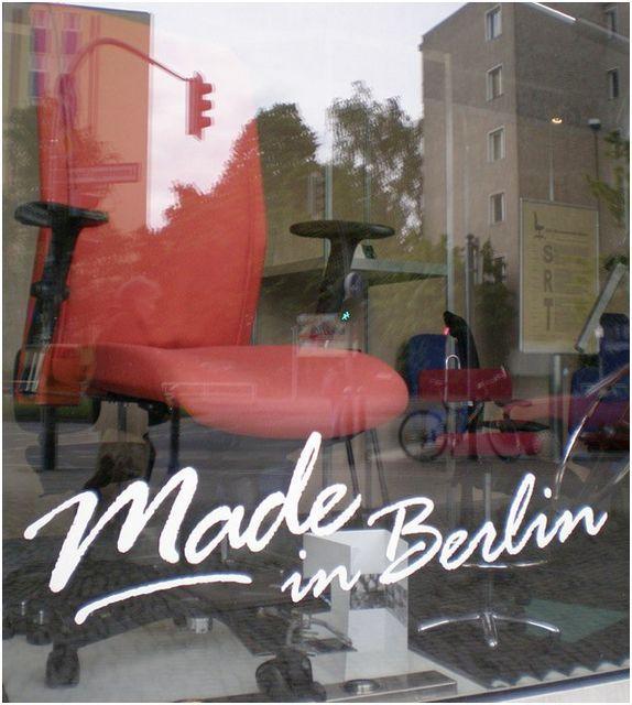 Made in Berlin. Since 1991. www.derdrehstuhl.de