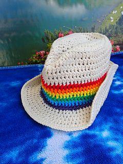 Free crochet pattern for Rainbow Fedora Sun Hat.  By Susan Kennedy of PrettyPeaceful.