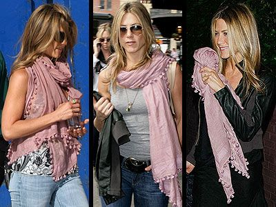 http://www.people.com/people/jennifer_aniston/photos/0,,,00.html#20487863