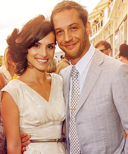 god, they are the most attractive couple in the world. (: