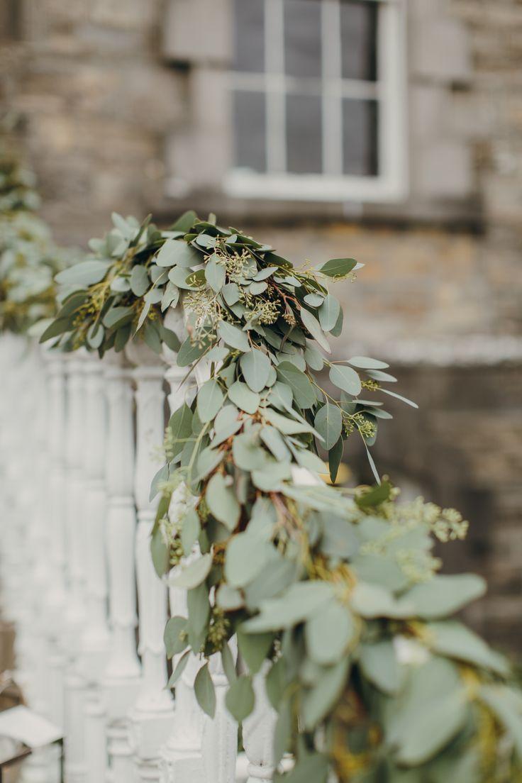 Garland by the Informal Florist  Photo by Paula O Hara