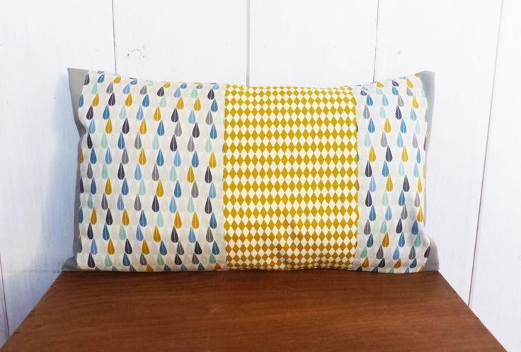 les 25 meilleures id es de la cat gorie coussin moutarde. Black Bedroom Furniture Sets. Home Design Ideas