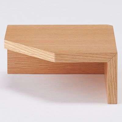 壁に付けられる家具・コーナー棚・オーク材 幅22×奥行22×高さ10cm | 無印良品ネットストア