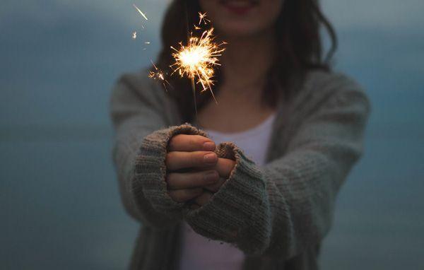 10 Simple Ways to Spread the Optimism and Positive Energy Starting Today http://feedproxy.google.com/~r/ThePositivityblog-PutSomePersonalDevelopmentAndPositivityIntoYourLife/~3/KoZwrYCWL_Y/