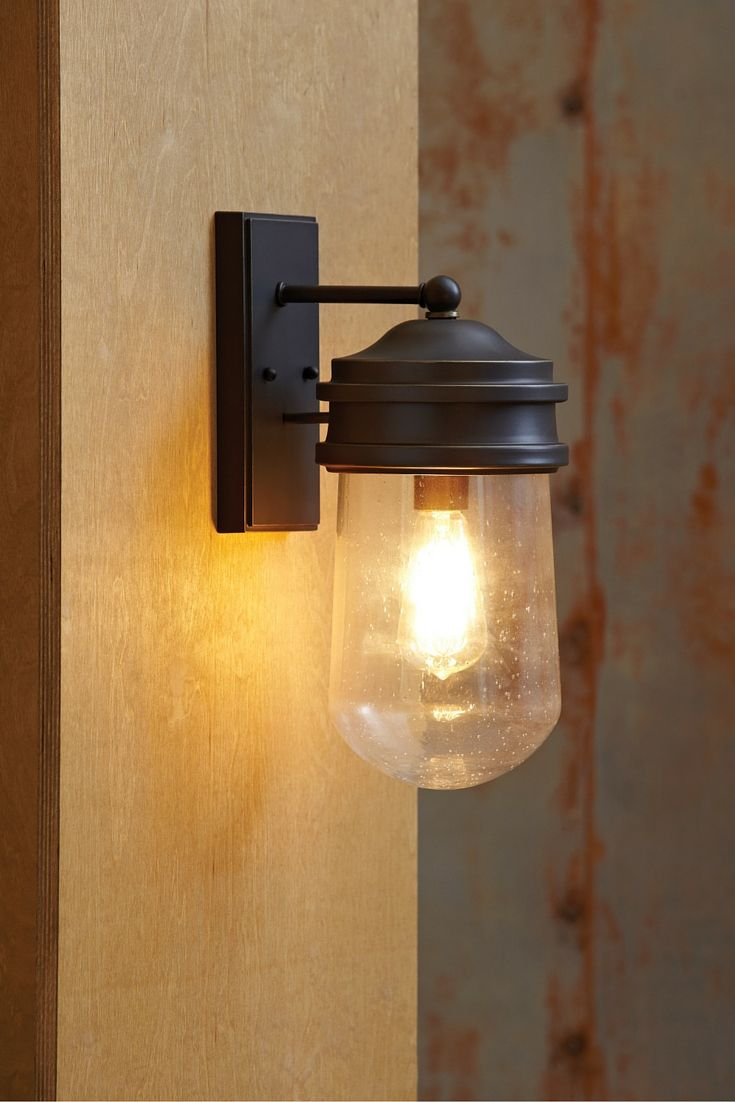 The transitional mount greenwood outdoor lighting collection by sea gull lighting has a retro industrial feel with a twist i