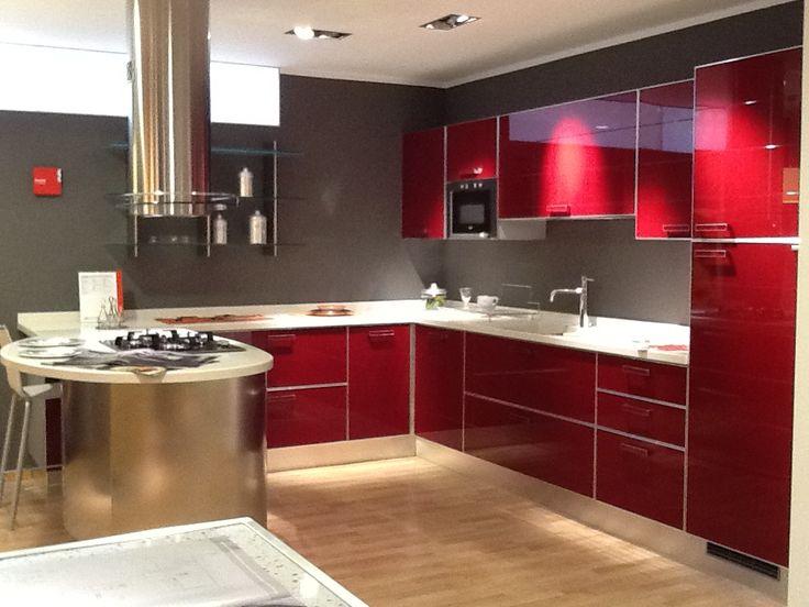 Oltre 25 fantastiche idee su cucine piccole su pinterest organizzazione spazio piccolo - Forno con microonde integrato ...