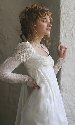 Imogen Poots  (I envision this with some woodsy & fairy stuff, and oh myyyyy...)