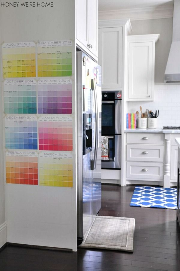 Easy and colorful DIY wall calendar helps keep your family organized and on schedule for back to school!