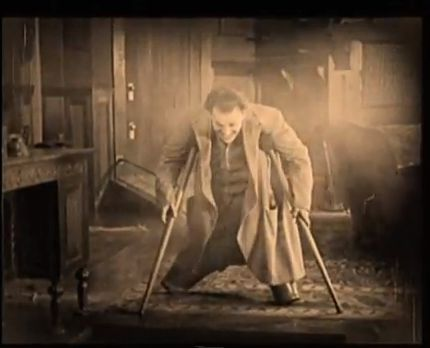 Screencap from the film 'The Penalty' starring Lon Chaney as an amputee.