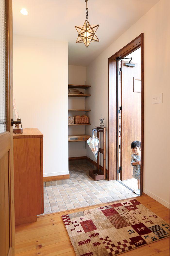 家族それぞれの空間をプラスした家 の実例 ハウジング山忠 コネクト