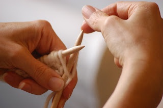Waldorf Handwork: Teaching children how to knit