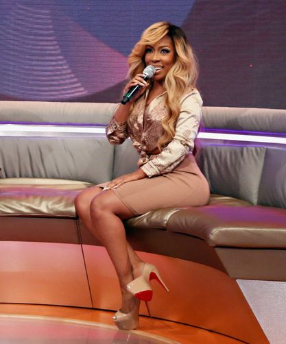 K. Michelle's 'Rebellious Soul' Debuts High On The Charts - http://celeboftea.com/k-michelles-rebellious-soul-debuts-high-on-the-charts/  hair too