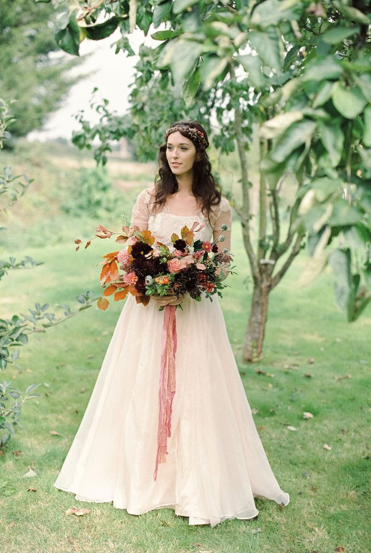 Silk knit wedding dress.  Jessica Turner Designs.  Photography Bowtie and Belle for the Fine Art Wedding Boutique