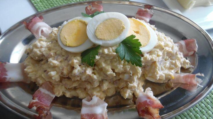Das perfekte Ei-Aufstrich mit Meerrettich-Rezept mit Bild und einfacher Schritt-für-Schritt-Anleitung: Eier hart kochen und fein hacken. Speck sehr klein…