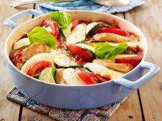 Unser beliebtes Rezept für Überbackene Minutensteaks in Tomatensoße und mehr als 55.000 weitere kostenlose Rezepte auf LECKER.de.