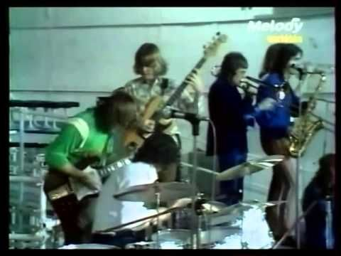 "Terry Kath and Chicago ""Questions 67 & 68"" and ""I'm A Man"" 1969 From the band's December 1969 European tour, two tunes from a French television show."