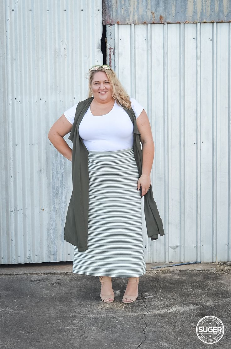 Monochrome Pattern for Your Plus Size Outfit