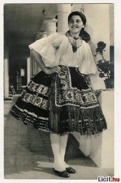 Sárközi népviselet - Hungary
