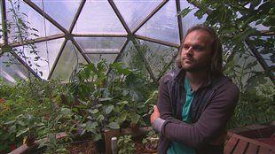 Faire pousser ses propres légumes à l'année... presque sans électricité!e