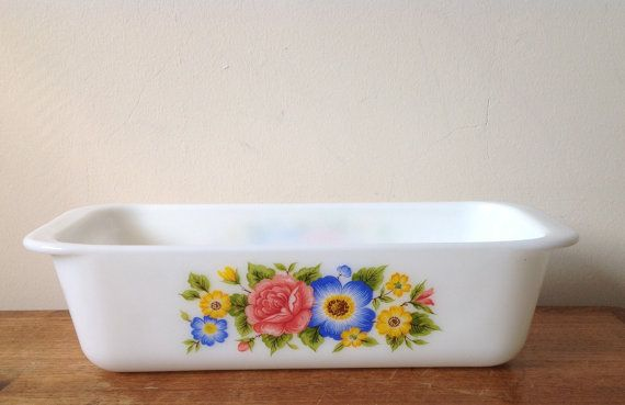 Pretty Vintage Pyrex Floral Loaf Dish Pan by fountainalia on Etsy
