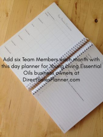 Day Planner for YLEO business owners. It was important to us that we create a planner that meets YOUR specific needs. #youngliving #dayplanner