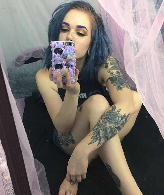 "[ fc: billie dawn webb ] ""hey."" i smile. ""i'm billie. i know, weird name. kat is my little sis. i like tattoos, dying my hair, and music. i am twenty, single, and bisexual. intro?"""