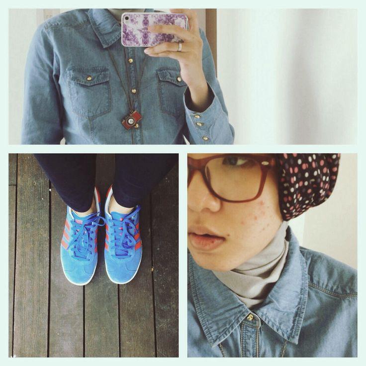 #ootd hijab style : light jeans shirt, deep blue pants, adidas, turban, necklace #fien