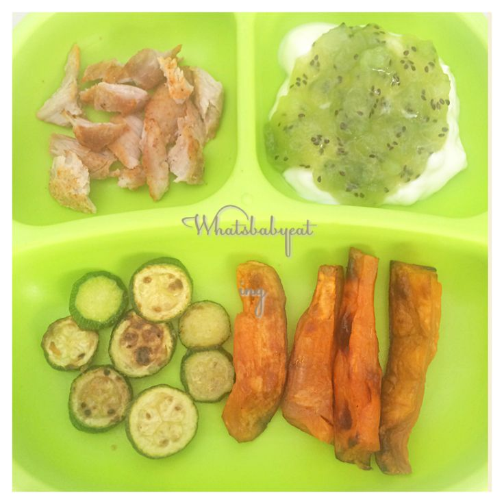 What's baby eating? .  LUNCH: Grilled pork chops marinated with lemon juice, garlic powder and paprika . Oven baked sweet potato chips .  Pan fried baby marrow /zucchini slices with nutritional yeast . Greek yoghurt with mashed kiwi . .  Baby A ate everything including a rice cake! . .  Plate: by @replayrecycled  .
