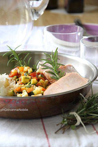 Piatto unico, riso, fesa di  tacchino e verdure saltate in padella, sul blog la ricetta