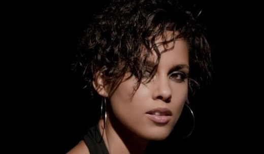 Alicia Keys - Brand New Me (videoclip)  http://www.emonden.co/alicia-keys-brand-new-me-videoclip
