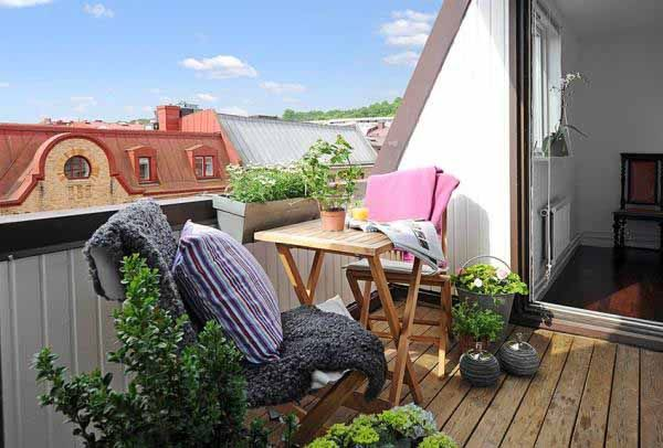 Balcony - perfect :): Small Balconies, New House, Balconies Design, Small Apartment, Apartment Balconies, Master Bedrooms, Small Gardens, Outdoor Spaces, Rooftops Decks