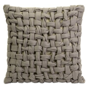 Woven/Twisted Felt Pillow; I may have to make this using t-shirt fabric