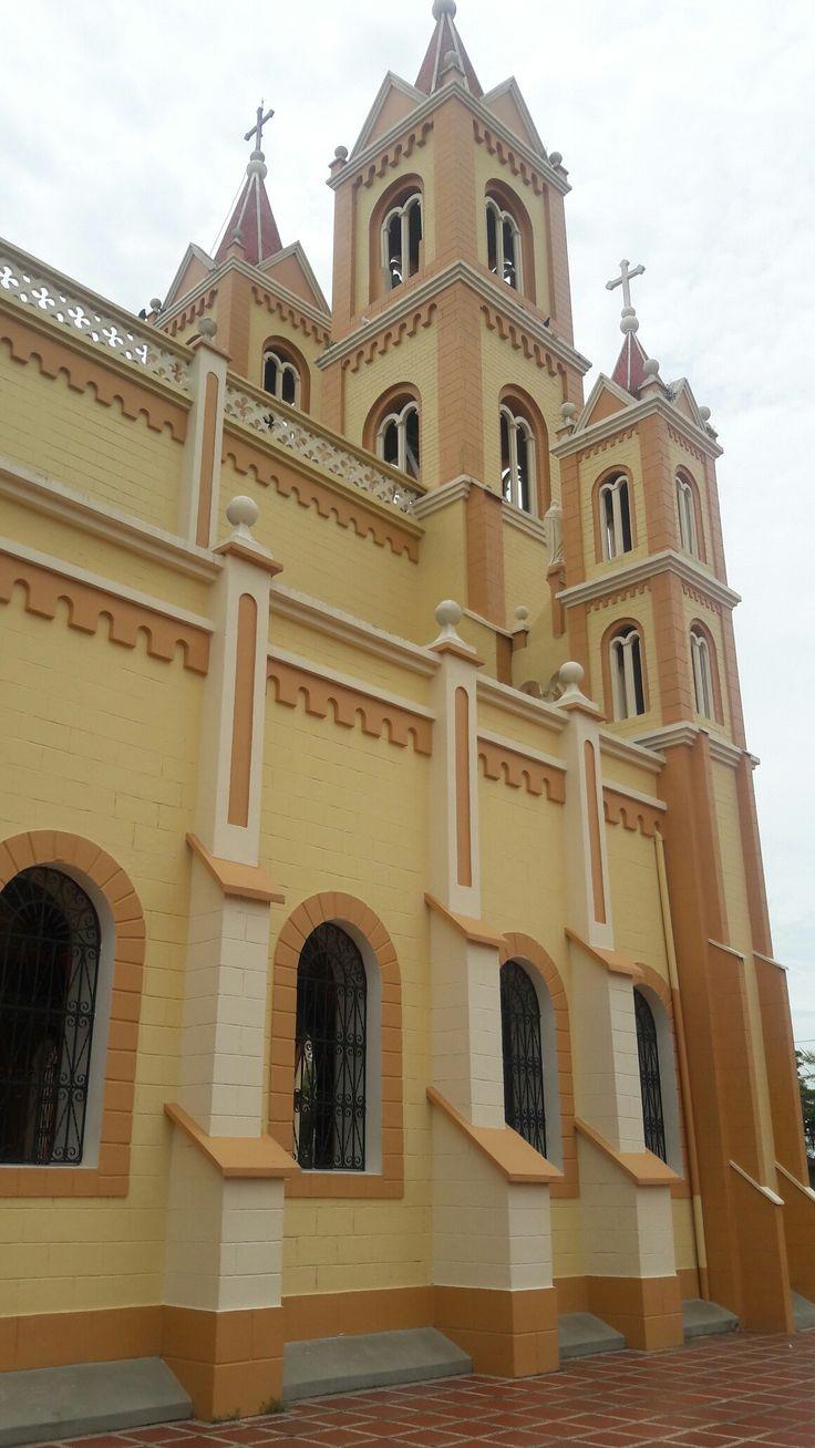 Capilla del Milagroso de la Villa en San Benito Abad-Sucre. Pais: Colombia
