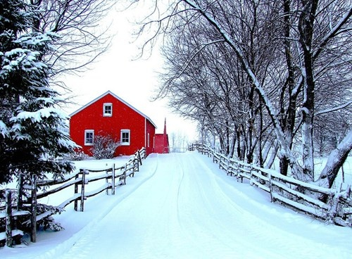 Red Barn and White Snow in Quebec, Canada. I can't decide if I'd prefer Canada in the Winter or the Summer... #PCCanadaday