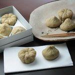 長寿園 - 料理写真:秋の栗菓子(栗きんとん、栗粉、栗萩餅、焼き栗、菊華など)