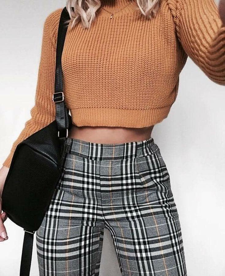 Outfit Pinterest / / Carriefiter / / 90er Jahre Mode Street Wear Street Style Fo...