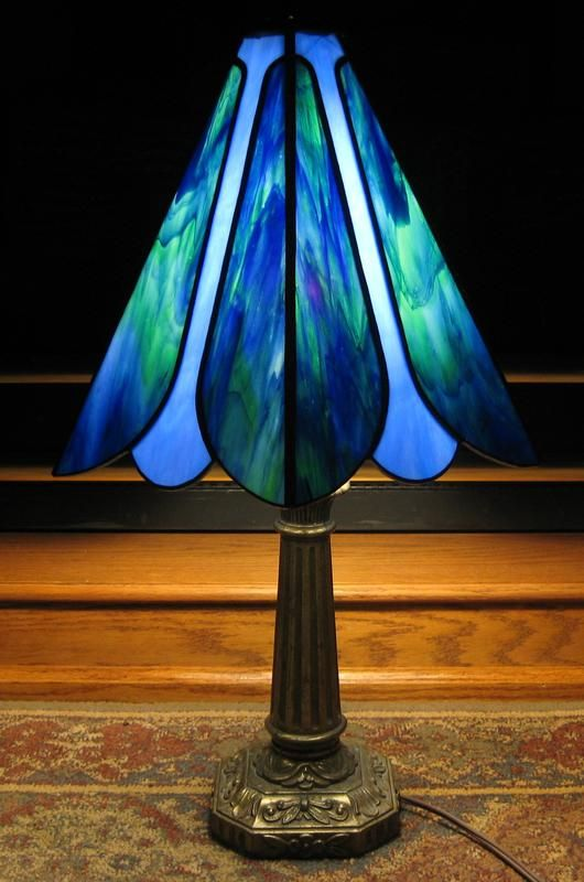 Dragonfly Wings Lamp - Delphi Stained Glass