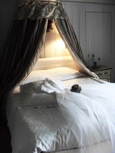42 best ciel de lit images on Pinterest | Bed crown, Bed canopies ...