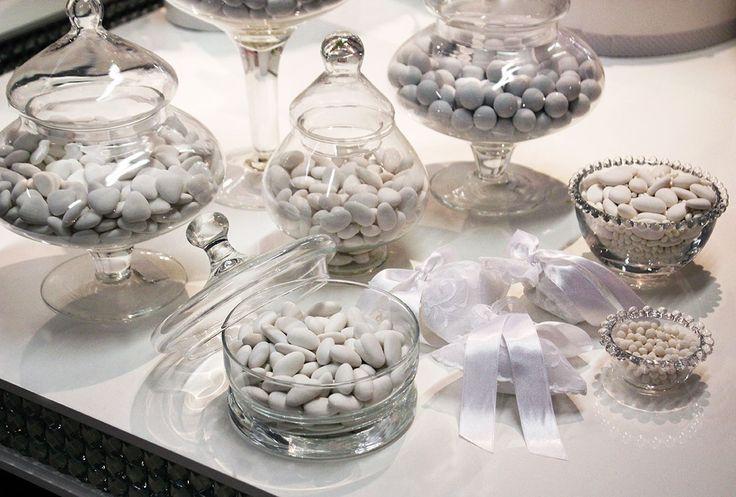 #Confettata bianca da offrire agli ospiti di #matrimonio.